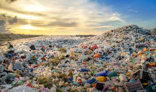 plastic-waste-site