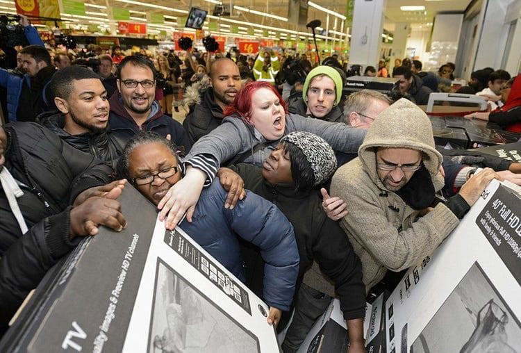 black friday caos