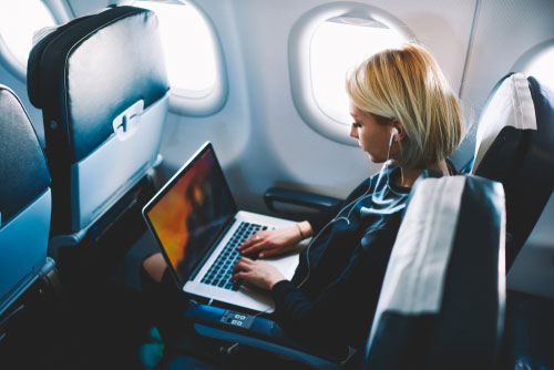 travel plane laptop