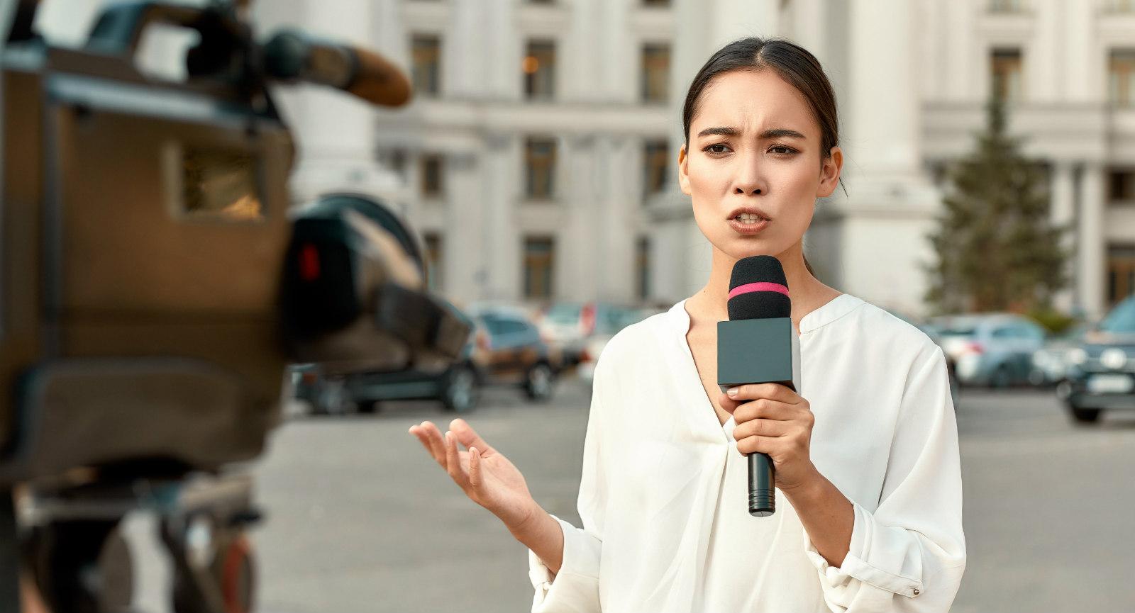Femme journaliste média